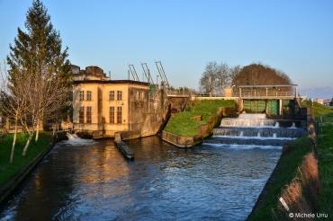 Centro canale irrigazione